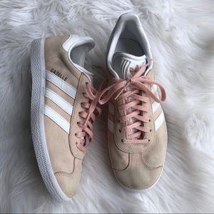 [Adidas] Light Pink Gazelle Shoe - Size 8